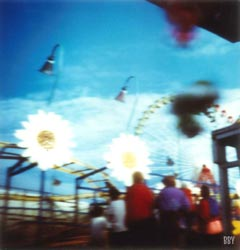 Marseille, 2016, stenope, pinhole, slow photography, chambre noire, daisy, fête foraine, manège, carnival, merry-go-round
