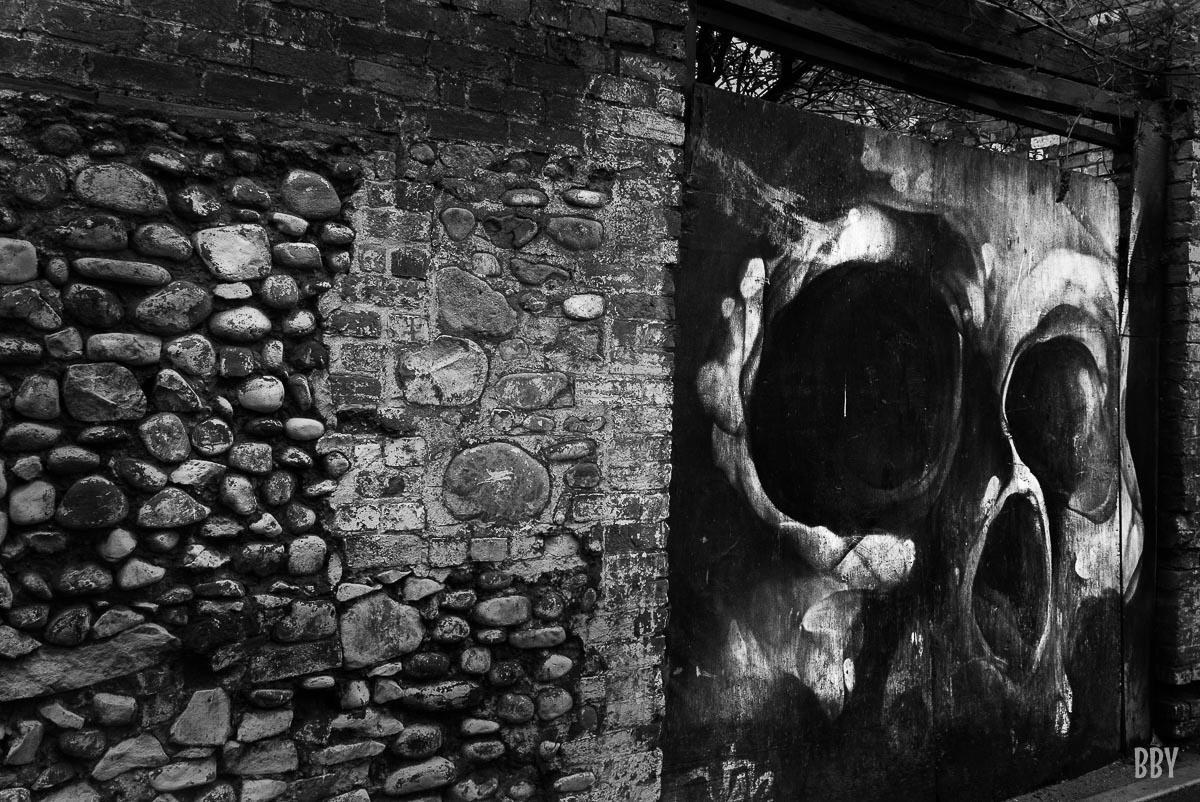 Passage non obligé, grafitti, rue, travaux photo